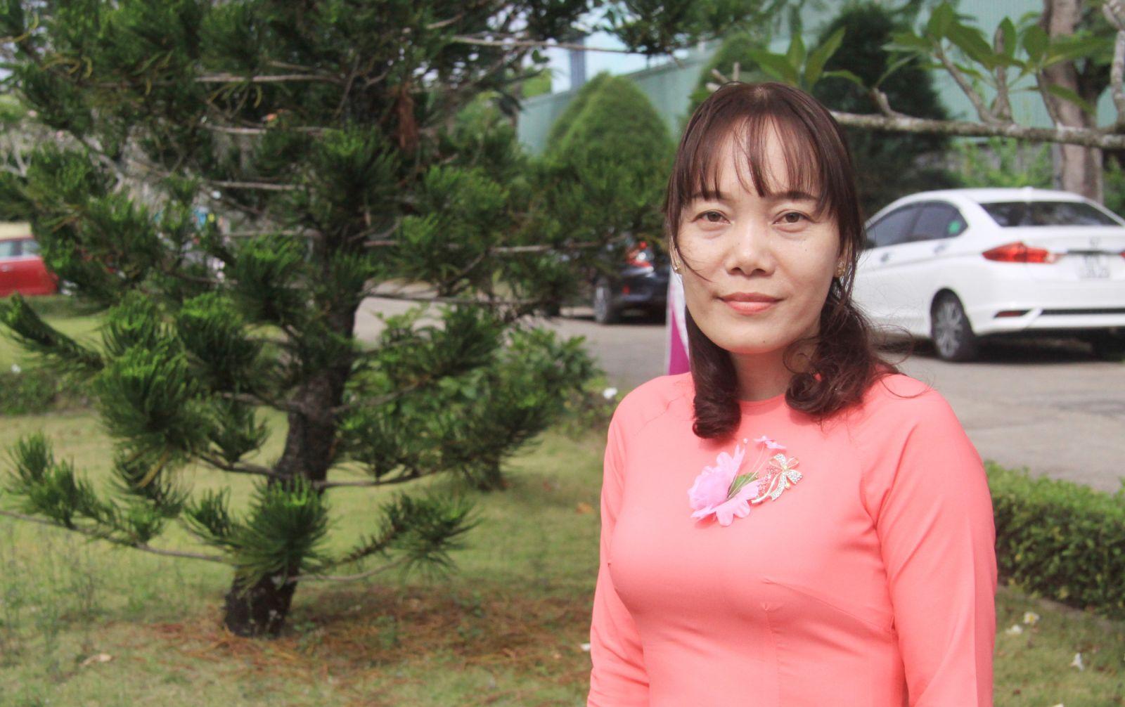 Cô Nguyễn Thị Hồng Huệ