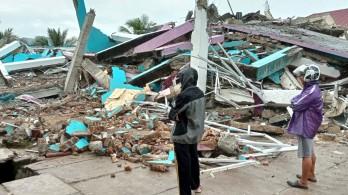 Indonesia tiếp tục tìm kiếm người mất tích, cảnh báo có thêm động đất mạnh