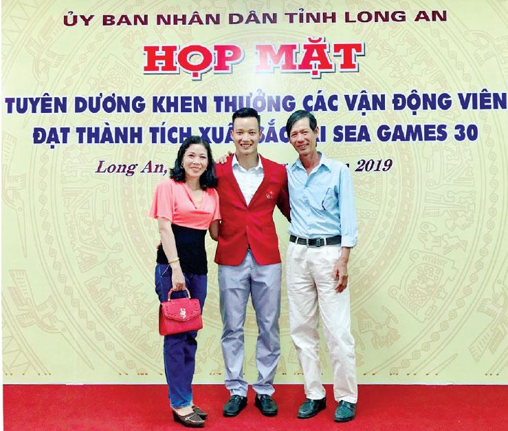 Gia đình luôn là chỗ dựa tinh thần và hậu phương vững chắc cho Hoài Văn trong sự nghiệp thi đấu thể thao