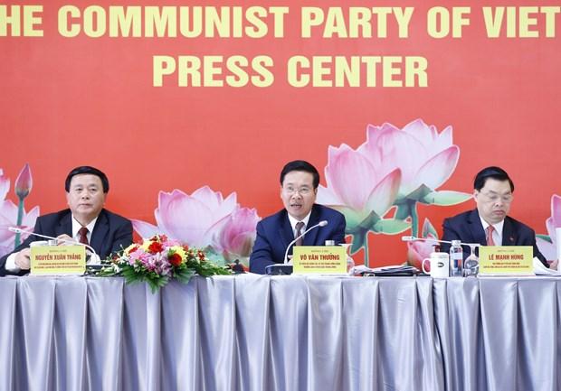 Trưởng Ban Tuyên giáo Trung ương Võ Văn Thưởng chủ trì họp báo Đại hội XIII của Đảng. (Ảnh: Doãn Tấn/TTXVN)