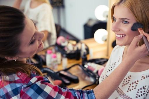 Mách bạn 5 bí quyết giúp lớp make-up hoàn hảo đón Tết