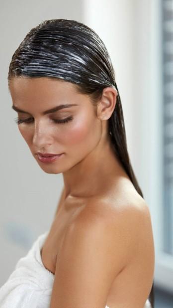 Tránh 9 sai lầm khi tắm để có làn da và mái tóc khỏe mạnh hơn