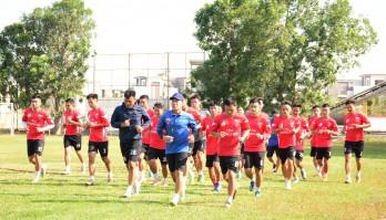 Đội bóng Long An hội quân trở lại sau kỳ nghỉ Tết