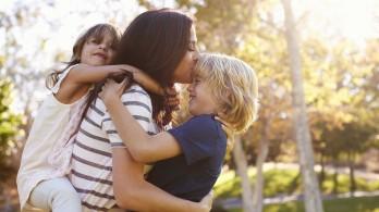 Lời khuyên cho những bậc cha mẹ đơn thân