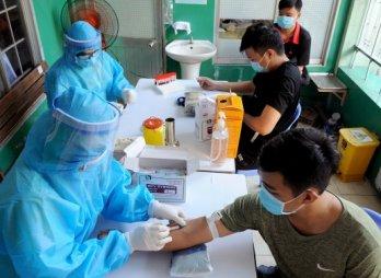 Long An tổ chức xét nghiệm SARS-CoV-2 cho công dân nhập ngũ