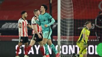 Bảng xếp hạng Ngoại hạng Anh mới nhất: Tiếc cho MU, Liverpool áp sát tốp 4