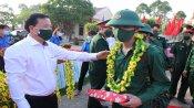 Thị xã Kiến Tường tổ chức giao, nhận quân