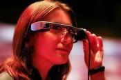 Apple trình làng tai nghe hỗn hợp năm 2022, kính AR năm 2025
