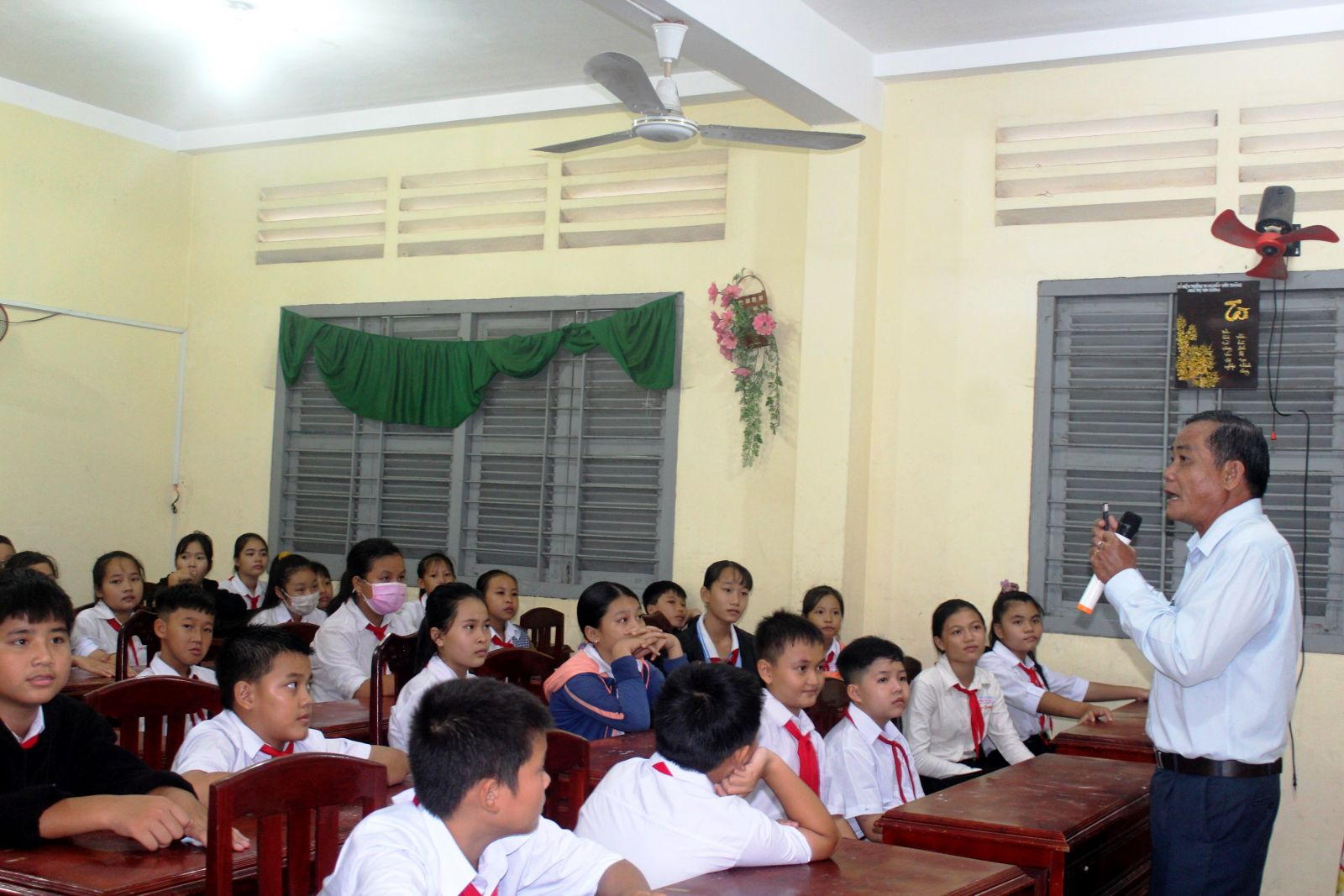 Những lớp trang bị kiến thức, kỹ năng phòng, chống xâm hại tình dục trẻ em cần thường xuyên được tổ chức thực hiện