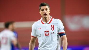 Robert Lewandowski khiến tuyển Ba Lan và Bayern Munich lo lắng