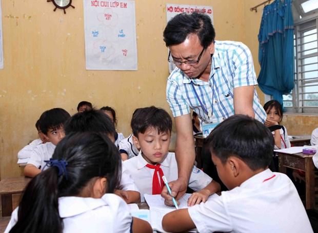 Tân Bộ trưởng đã có lời chia sẻ, nhắn nhủ với các thầy cô giáo ngay trong ngày đầu tiên nhậm chức. (Ảnh minh họa: TTXVN)