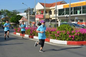 Cần Giuộc: Hơn 300 vận động viên tham gia Ngày chạy Olympic vì sức khỏe toàn dân