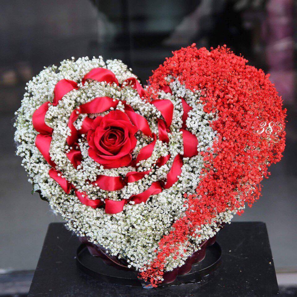 """Những bó hoa được kết từ """"phái mạnh"""" cũng thật xinh xắn, sống động"""
