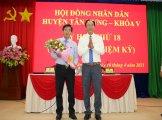 Ông Huỳnh Thanh Hiền được bầu giữ chức vụ Chủ tịch UBND huyện Tân Hưng