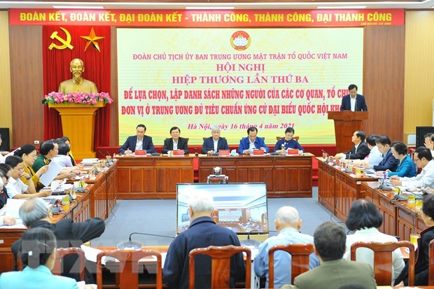 Hội nghị hiệp thương lần thứ ba để lựa chọn, lập danh sách những người của cơ quan, tổ chức, đơn vị ở Trung ương đủ tiêu chuẩn ứng cử đại biểu Quốc hội khóa XV. (Ảnh: Minh Đức/TTXVN)