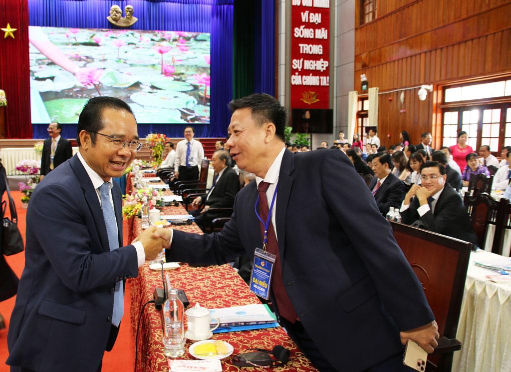 """UBND tỉnh Long An tổ chức """"Tọa đàm định hướng phát triển vùng kinh tế công nghệ cao"""""""