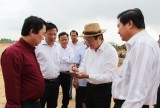 Nguyên Chủ tịch nước Trương Tấn Sang thăm dự án Khu công nghiệp huyện Thủ Thừa