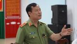 Thiếu tướng Lê Tấn Tới – Thứ trưởng Bộ Công an làm việc tại Công an huyện Bến Lức