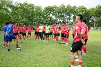 Long An quyết giành điểm trước Khánh Hòa