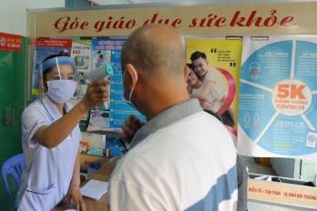 Hành khách đi trên chuyến xe 62B-014.63 từ TP.HCM đến Vĩnh Hưng khai báo y tế gấp