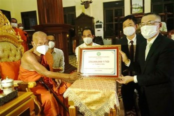 Vietnam Buddhist Sangha supports Cambodian Buddhists amid COVID-19