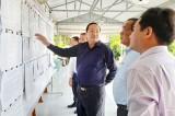 Phó Chủ tịch UBND tỉnh – Nguyễn Minh Lâm kiểm tra công tác chuẩn bị bầu cử tại huyện Tân Thạnh