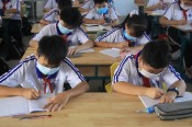 Thực hiện đeo khẩu trang bắt buộc trong lúc dạy và học tại trường