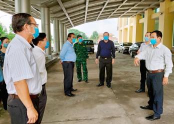 UBND tỉnh Long An kiểm tra công tác phòng, chống dịch Covid-19