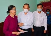 Phó Thủ tướng Trương Hòa Bình tham quan các Khu di tích lịch sử văn hóa Cần Giuộc