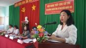 Ứng cử viên đại biểu Quốc hội tiếp xúc cử tri huyện Mộc Hóa
