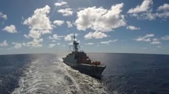Tàu chiến Iran lần đầu tiên đi vào Đại Tây Dương