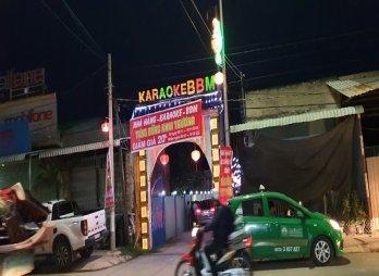 Bất chấp quy định phòng, chống dịch, hàng chục nam, nữ tụ tập sử dụng ma túy trong quán karaoke